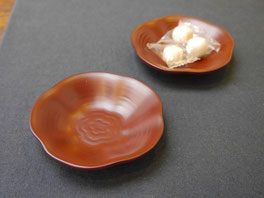 用の器まめざら 輪花|鎌倉漆工房いいざさ