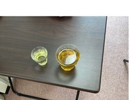 (左:水出しマテ茶 右:マテ茶)