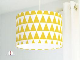 Kinderzimmer Lampe mit gelb-weißen Dreiecken aus Baumwollstoff - alle Farben möglich