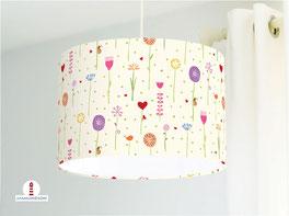 Lampe für Mädchen und Babyzimmer mit Blumen in hellem Beige aus Baumwolle