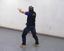 Shooting action, Großkalieber schießen, Schießsport, 9mm schießen, Schießtraining, Feuerwaffen, Pistole, Schotflinte, Schießstand