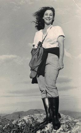 1967: Joan Wescott