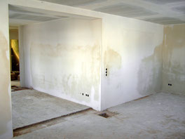 Wohnzimmer fertig verputzt