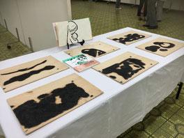 新作絵本「すやすや」の版木の展示