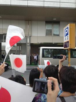 これは軽井沢駅前での写真