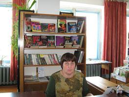 заведующая библиотекой - Галушко Любовь Алексеевна