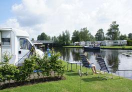 camperplaats aan het water