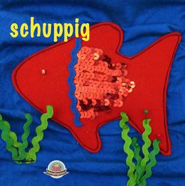 Spielbuch Fühlbuch Tasten begreifen berühren Montessori Quiet book Schablonen kostenlose Anleitungsensorik Kleinkind