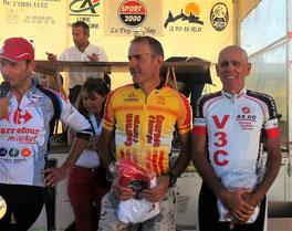 """Le podium de la course """"4,5 FSGT et Ufolep"""""""