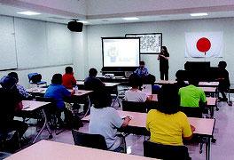 メール送信訓練などが行われた連絡会(八重山警察署提供写真)