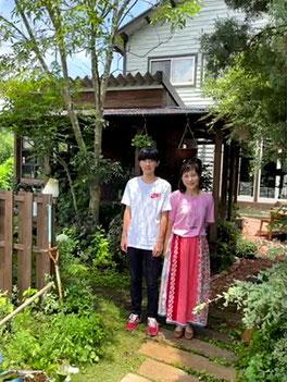 甲斐京子オーナーと長男の写真