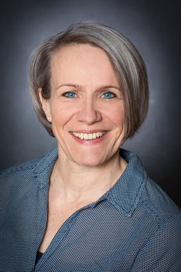 Karin Sohmer Kinesiologie Aura-Chirurgie Hypnose-Therapie Haarentfernung - Portrait