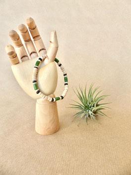 Urlaub zu Hause: Männer-Armband aus Holzperlen und Kokosperlen - handgemacht von Majuki