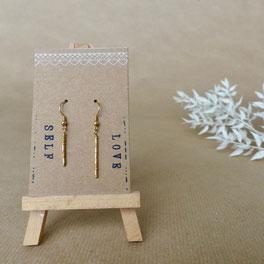 """Ein tolles individuelles Geschenk: Ohrhänger """"Self Love"""" aus vergoldetem Echtsilber - mit Liebe handgemacht vom kleine Schmuck-Label Majuki."""