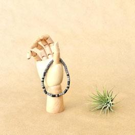 Ein sehr persönliches Geschenk für Männer: Individuelles Armband mit deiner Botschaft aus Morsebuchstaben - mit Liebe handgemacht vom kleinen Schmuck-Label Majuki