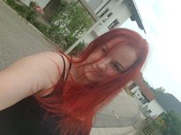 Denke ich brauch wieder ganz rote Haare, nebenbei bemerkt.