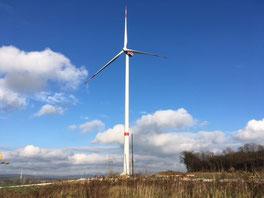 Unsere Windkraftanlage zwischen Afferde und Klein Hilligsfeld