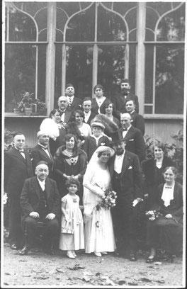 Hochzeit von Dr. Max Köhler (auf dem Foto wahrscheinlich auch Rosa, Heinrich und Meta Köhler)