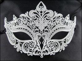 Weisse metallene venezianische Maske