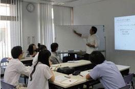 学校の教職員のキャリア教育の実践力等を向上させるため研修や研究会等を数多く実施