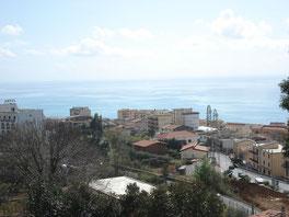Blick auf Paola in Kalabrien, Ausblick, Calabria, Urlaub