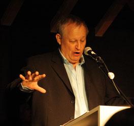 Manfred Rothengatter bei seinem Vortrag