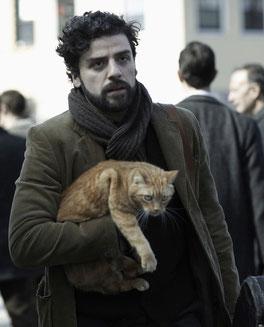 Chanteur de folk des années 60, Llewyn Davis (Oscar Isaac) a raté l'occasion d'écrire ''Year of the Cat'' (©StudioCanal)