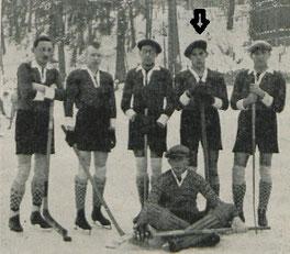 Die Eishockeymannschaft des GAK 1926 (Pfeil: Fritz)