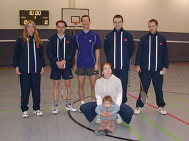 3.Mannschaft v.l.: Kirsten Steinhage, Andreas Häger, Jan Stratmann, Nicole Zoltek mit Matti, Carsten Adenheuer und Kai Döllermann