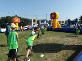 Centre de loisirs de Romorantin - Accueil des enfants pendant les vacances scolaires - Activité rugby vacances d'été - Festimômes