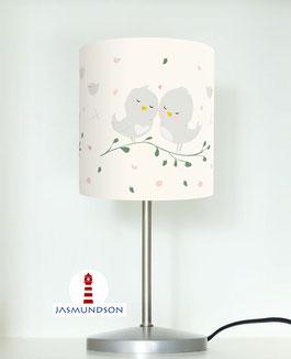 Tischlampe für Mädchen und Babys mit Vögeln in hellem Beige aus Baumwollstoff