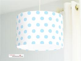 Lampe für Babys und Kinderzimmer mit hellblauen Tupfen auf Weiß aus Baumwolle