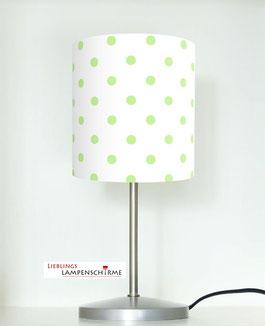 Tischlampe fürs Kinderzimmer mit grünen Punkten auf Weiß aus Baumwolle