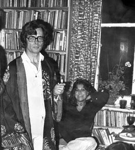 1975: Francis and second wife, Mel Balaskas Huxley.