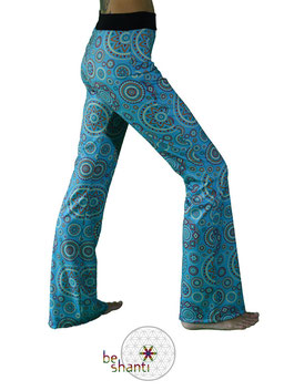 Yogahose Jogginghose für Frauen Fair gehandelt Fair Trade Fairer lokaler Handel türkis Mandala Hippie Flowerpower Seventies bequem gemütlich locker lässig elastisch Wohlfühlen Wellness Faulenzen Chillen Relaxen Yoga Workout Meditation Tanz Reisen Spandex