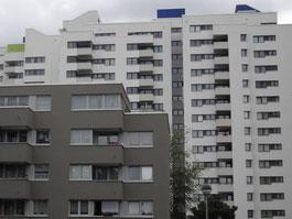 Fassadeninstandsetzung und Betonsanierung von der Omega-Spezialbau GmbH im Dannenwalder Weg/Tramper Weg