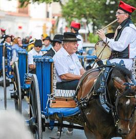 Desfile de Carros. Imagen de Arguiñe Escandón.