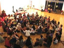 """Frauen-Symposium """"Erwachte Weiblichkeit"""""""