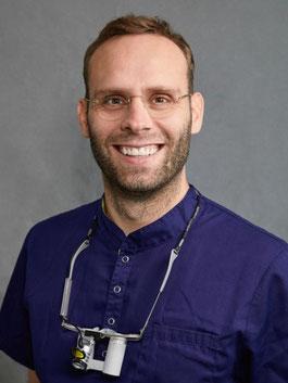 Dr. Alexander Gune