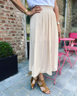 vêtement pour femme jupe noire simili cuir