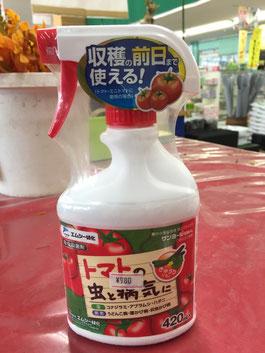 もし、病気の症状が出た時にはトマトはもちろん、ピーマンにも使える「殺虫剤」を使用して