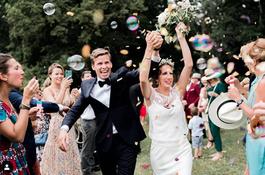 mariage château location chateau mariage proche de paris orès de paris île de france french wedding venue chapiteau bambou mariage unique