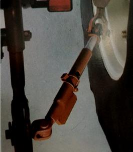 Verstellbare Teleskopstreben zur Begrenzung der Unterlenker Schwenkbarkeit