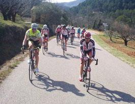 Début de la montée vers La Roque-Alric