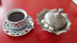 Sieht aus wie Kaffee, ist aber Tee ...