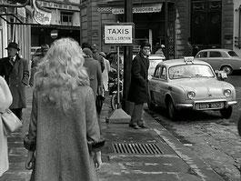 Dauphine taxi en 1958