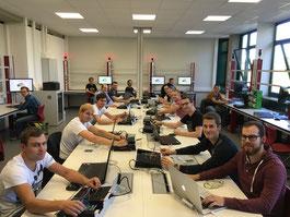 """Der neu gegründete Fachbereich Elektrotechnik /IT mit dem Schwerpunkt """"Smart-Energy"""" startet an der Technikerschule Neumarkt im Schuljahr 2016/17 mit 16 Studenten."""