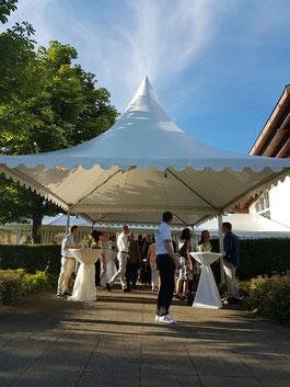 Hereinspaziert: Der Gala-Abend kann beginnen - © Golfclub Reutlingen-Sonnenbühl e.V.