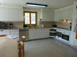 Küche des Wohnheims Burgbühl an der Lenk