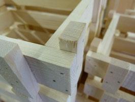 Holzkistli produziert von der Bergquelle in Zweisimmen